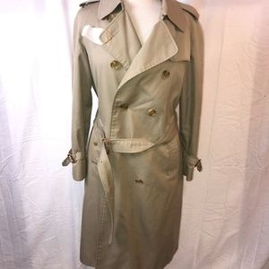 Authentic Women's Burberry Trench Coat Size 12 L